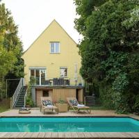 VINEYARD COTTAGE /W POOL & GARDEN