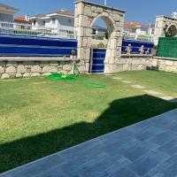 Lovely Çeşme Family Villa close to the Beach