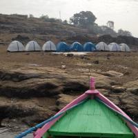 Star camping lakesideview