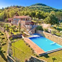 Antonci Villa Sleeps 12 with Pool Air Con and WiFi