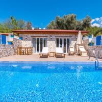 Margaz Villa Sleeps 2 with Pool Air Con and WiFi