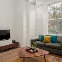 Spacious Canfield Gardens Studio