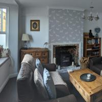 Sea views by beach - spacious 4 bed family house