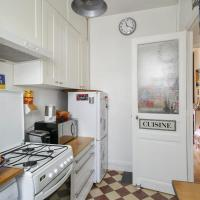 Comfortable 2BR Parisian Home by GuestReady