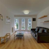 Central 1BR Apt Sleeps 2 Close to Oxford Road!