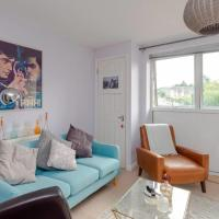 Beautifully designed 1bed flat in Lewisham by GuestReady