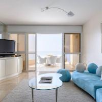 Luxury 4 bedroom Sea View Apartment Netanya