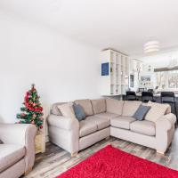 Lovely 2 bed flat located inside City Bar Walls!