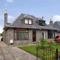 Beautiful Holiday House for Rent at Cromwell Road, Aberdeen