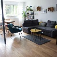 Sublime bright and spacious apt Buttes Chaumont