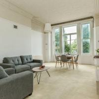 Spacious 1 Bedroom Period property in Hampstead