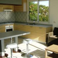 Manureva Moana apartment - near airport Papeete - sea view - A/C -4 pers