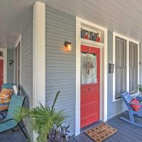 Dog-Friendly Gulfport Home - 3 Blocks to Beach!