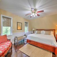 Event-Friendly Quiet St Charles Cottage on 4 Acres