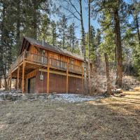 'Reed Cabin' w/ Deck - 3 Miles to Ski Cloudcroft!