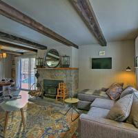 Renovated Roxbury Home w/ Mtn Views & Large Deck!