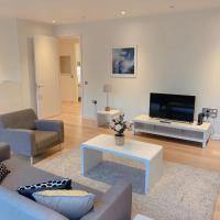 Central luxury apartment with free secure parking
