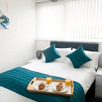 Modern 2 Bedroom Apartment Near M6