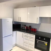Cosy Newly Renovated Three Bedroom Home