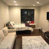 Well Located Apartment in Manhattan, minutes from Central Park and Times Square