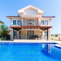 Villa Meltem - 4 bedroom all en suite (2 kitchens)