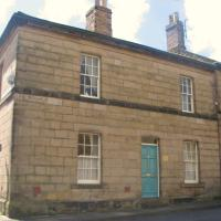 Peaseblossom House Grade II Listed holiday cottage and joined Booking-com in early 2020