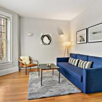 New! Bright and Airy 2BR near Wrigley Field!
