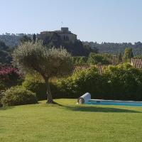 Villa vue imprenable sur château