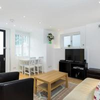 Chic & Contemporary 2 Bed 2 Bath in Hampstead