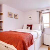 Modern 2 bed in Greenwich w/free parking