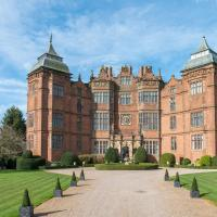Luxury Suite in Elizabethan Stately Home