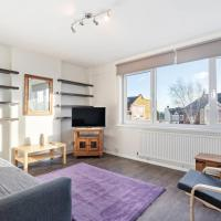Modern One-Bed Apt w/Cosy interior, close to Tube