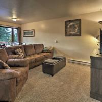Cozy Juneau Apartment w/Fire Pit Near Fishing