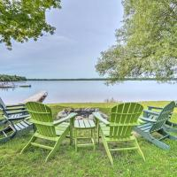 Waterfront Paradise Lake Cottage w/ Pvt Dock!