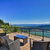 Modern Underwood Home w/ Deck & Mt Hood Views