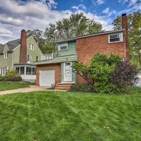 Pet-Friendly Home Less Than 8Mi to Downtown Cleveland!