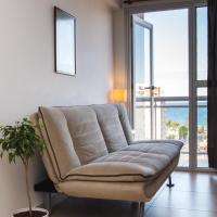 Excelente apartamento céntrico, con vistas al mar y a metros de la playa