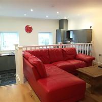 2 bed modern flat, Uplands