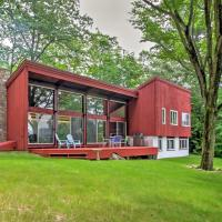 Family-Friendly Glen Home w/White Mountain Views!