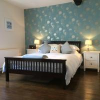 Churchview - First floor apartment in the centre of Topsham Devon