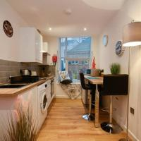 City Centre Apartment, Stylish with FREE PARKING
