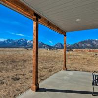 Private Mountain-View Retreat in Buena Vista!