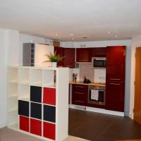 Bright Modern 2 Bed Flat in Central Manchester