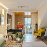 Neon Melody - Playful 2 bedroom by London Bridge