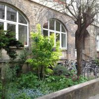 Frisch renovierte Wohnung , Balkon, EBK