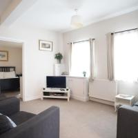 Family Friendly Fulham Home Sleeps 4