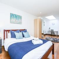Huge Hoxton Roof Terrace Apartment!