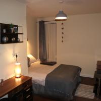 Double Bedroom in Superb House in Great Location *8