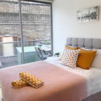Entire Stylish 2 Bedroom 2 Bath Apartment @ Central London