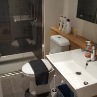Luxurious Melbourne city private 2 bed room apartment